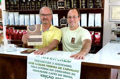 José Carlos Pereira de Carvalho, Campeão do Cup of Excellence no ano de 2002.